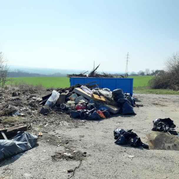 Jarné upratovanie obce
