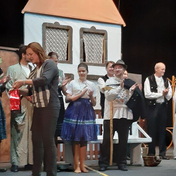 Divadelné predstavenie ochotníckeho divadla zo Starého Tekova 14. 04. 2019