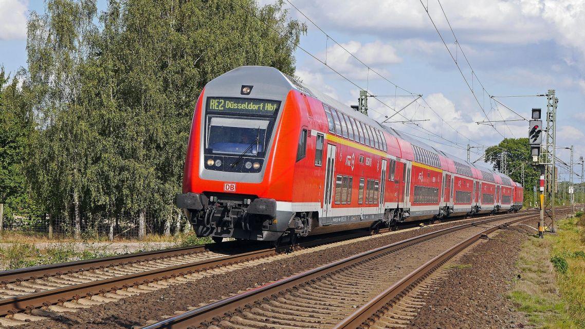 Uzávierka železničného priecestia