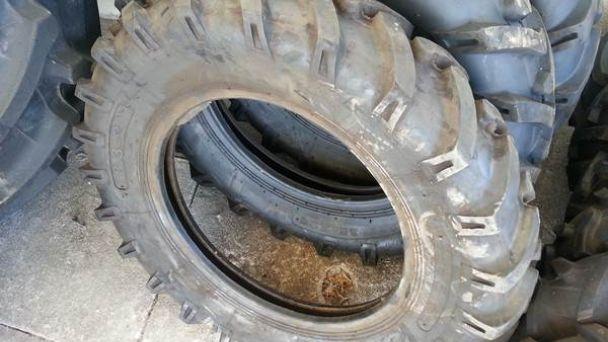 Kam s ojazdenými pneumatikami