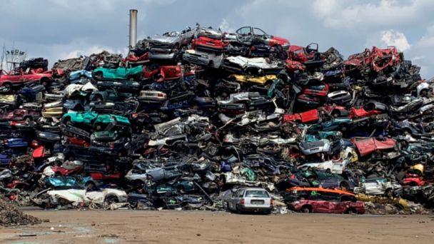 Neviete ako sa zbaviť starého auto vraku?